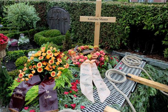 großes-Grabkreuz
