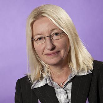 Ulla Huerkamp, Dipl.-Sozialpädagogin und Trauerbegleiterin